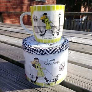Divas I Love New York Mug With Tin Container